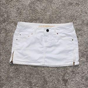 "Guess Jeans Mini White zip skirt 26"""